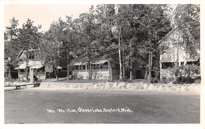 Gaylord Michigan~Otsego Lake Shoreline~Wah-Wah-Soo Lakefront Houses~1940s RPPC