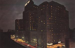 Night view, The Royal York Hotel, TORONTO, Ontario, Canada, 40-60s