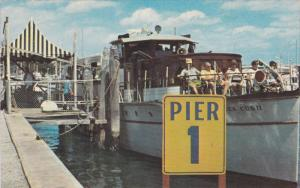 Shop Off Worht Avenue, Pier 1, Ferry Boat, PALM BEACH, Florida, 40-60´