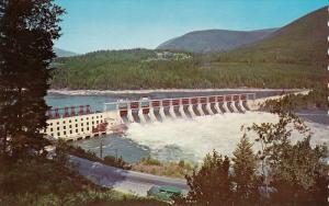 Corra Linn Dam from #3 highway, Kootenay River near Nelson, British Columbia,...