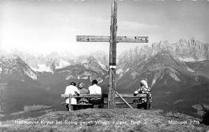 Hollenauer Kreuz bei Going gegen Wilden Kaiser Tirol Cross Mountains