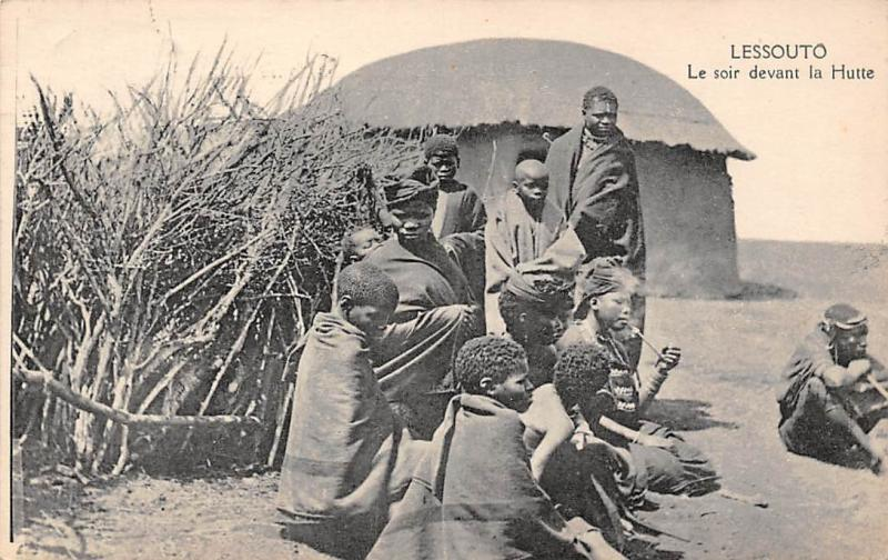 Lesotho (South Africa) Lessouto, Le soir devant la Hutte, Pipe, Native People