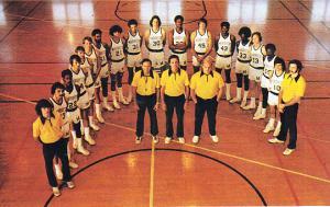 Marquette Warriors  1973-74 Team Photo Post Card