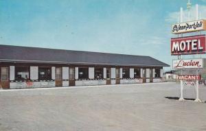 Motel Chez Lucien, Saint-Jean Port-Joli, Quebec, Canada, 40-60s