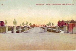 ENTRANCE TO FORT DES MOINES DES MOINES, IA 1912