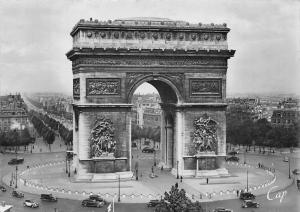 France Paris L'Arc de Triomphe, Triumphal Arch Vintage Cars Voitures