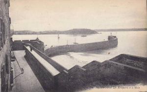 Les Remparts Et Le Mole, St-Malo (Ile Et Vilaine), France, 1900-1910s