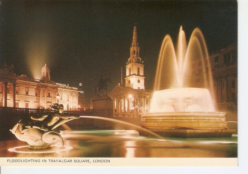 Postal 032740 : Floodlighting in Trafalgar Square London