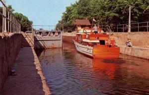 Canada - ON, Bobcaygeon. Pleasure Yacht in Locks