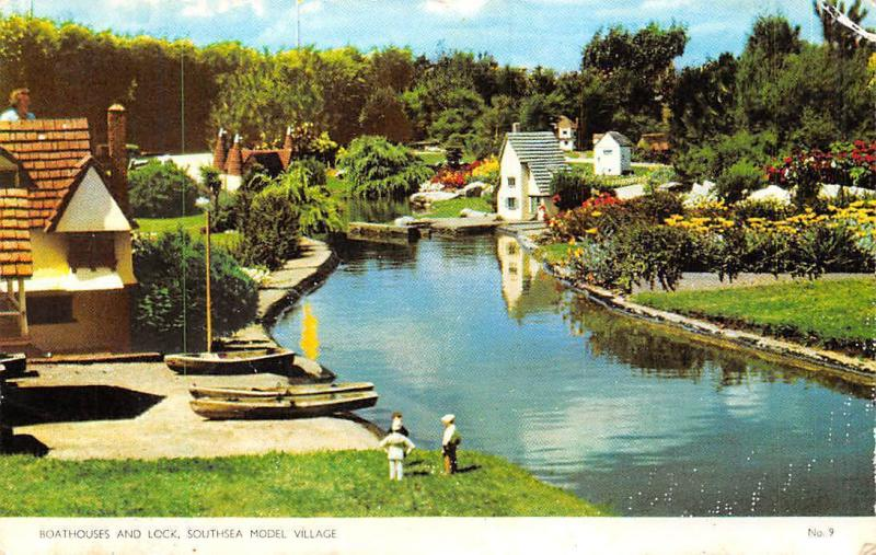 Southsea Model Village, Boathouses and Lock, Boats
