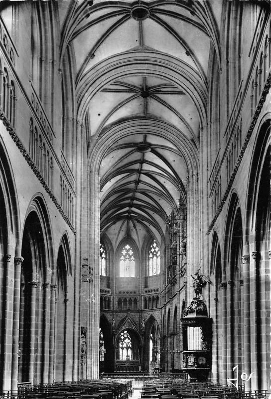 BR5450 Quimper Cathedrale St Corentin  france
