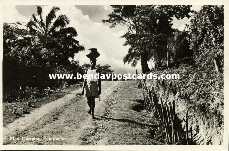 curacao, D.W.I., WILLEMSTAD, Man Carrying Palm Wine, Head Transport (1950s) RPPC