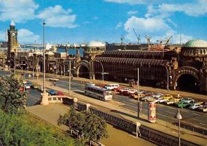 Hamburg St. Pauli-Landungsbruecken, Autos Cars Voitures, Landing Bridges