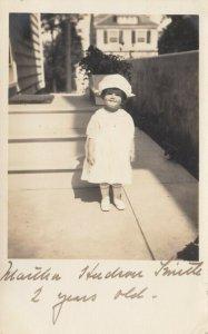 RP: SYRACUSE , New York , 1914 ; Martha Smith, 2 years old