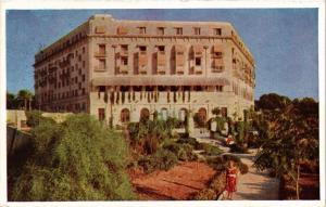 CPA MALTA-North aspect of Hotel Phoenicia from Hotel Gardens (320246)