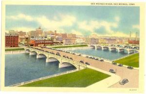 Linen of Des Moines River, Bridges and City Des Moines Iowa