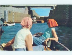 Pre-1980 BOATS IN LOCK Gilbertsville & Kentucky Dam Village & Lake City KY G6386