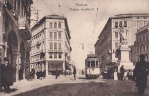 PADOVA , Italy , 00-10s ; Piazza Garibaldi