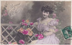 RP; BIRTHDAY, PU-1907; Bonne Fete, Young Lady wearing lilac gown with Roses