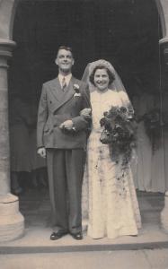 Wedding Couple, Vintage, Queen Elizabeth ?