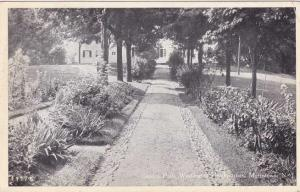 Garden Path to Washington Headquarters - Morristown NJ, New Jersey