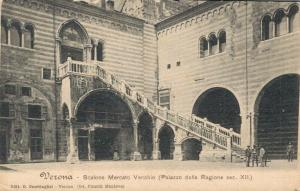 Italy Verona Scalone Mercato Vecchio 02.16
