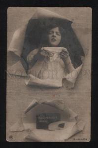 056726 Lady w/ Long Hair & SNUFF Tobacco old PHOTO