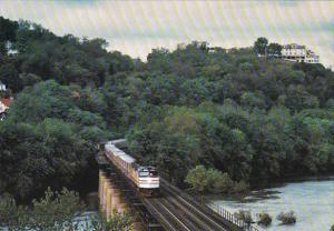 Trains Amtrak's Capitol Limited Crosses The Potomac River At Harpers Fer...