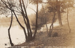 G21/ Three Rivers Michigan RPPC Postcard c1910 Camp Bennett's Landing