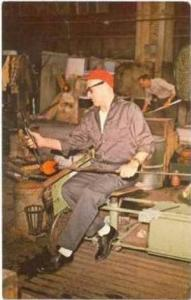 BLENKO Glass Company, Milton, West Virginia, 50-60s Master Craftsman at work