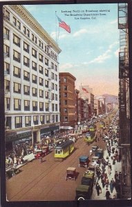 P1424 old unused postcard busy street view broadway trollies cars etc los angele