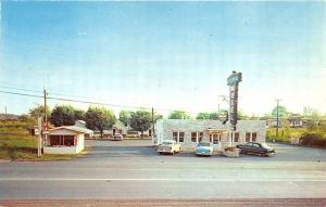 Morristown TN Colonial Motel & Restaurant Old Cars Postcard