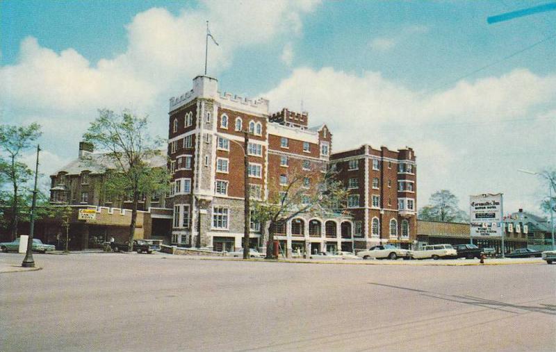 Shopping Plaza , Cornwallis Inn , KENTVILLE , Nova Scotia , Canada , 50-60s