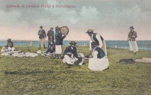 Hungary , 00-10s ; Csikosok es juhaszok ebedje a Hortobagyon