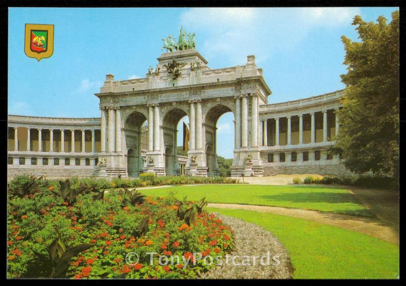 Brussels - The arch of the Palais du Cinquantenaire.