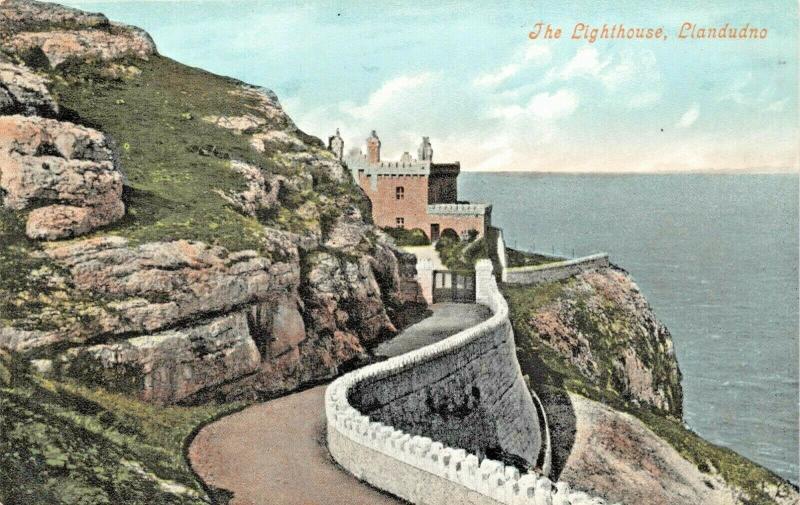 LLANDUDNO CONWY WALES ENGLAND-THE LIGHTHOUSE POSTCARD