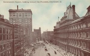 CINCINNATI , Ohio , 1900-10s : Government Square, looking toward the Fountain