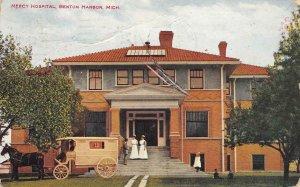 Mercy Hospital, Benton Harbor, Michigan Burkhard Bros. 1911 Vintage Postcard
