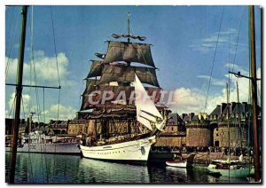 Postcard Modern Brittany Saint Malo Colored Tall Ships In The Bay Front Rampa...