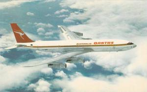 Quantas Airways 707 jet airplane , 60-70s