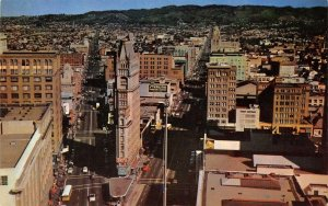 Oakland CA Cathedral Bldg~Latham Square~First Savings~City Buses~1950s Postcard