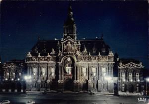 BT4119 Roubaix l hotel de ville de nuit France