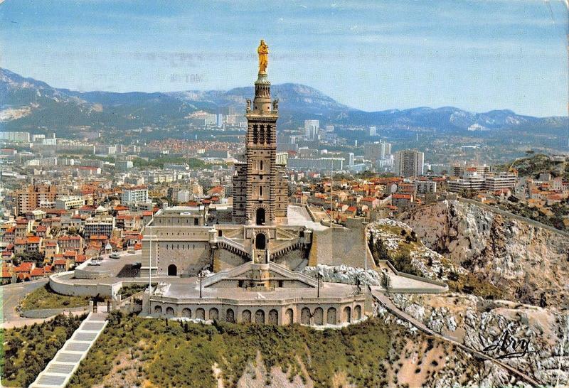 BT5718 Basilique de Niotre damde de la garde Marseille       France