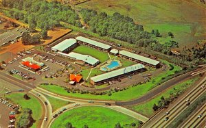 CLARK NEW JERSEY~HOWARD JOHNSONS LODGE & RESTAURANT-AERIAL 1975 PMK POSTCARD