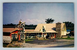 Caughnawaga QC, Rustik Motel, Advertisement, Chrome Quebec Canada Postcard
