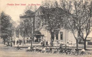 Le Mars IA~Boys Sit on Curb While Girls Plop on Grass~Franklin St School 1909