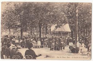 France, VICHY, Sur le Vieux Parc, LHeure de la Musique, used Postcard