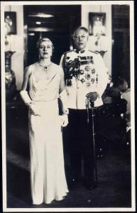 malay malaysia, JOHOR JOHORE, Sultan Ibrahim and Helen Bartholomew (1930s) RPPC