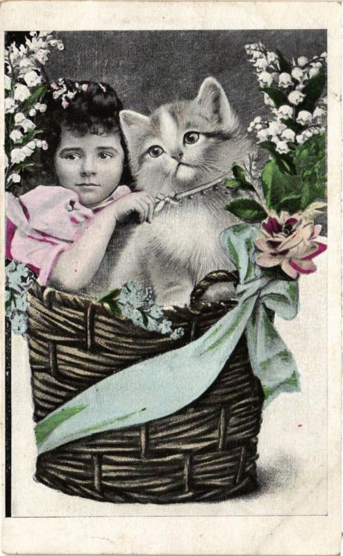 CPA AK CATS Portrait of kitten and a little girl in a basket (a2159)