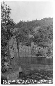 Taylors Falls Minnesota~The Dalles of St Croix River~Interstate Park~'40s RPPC